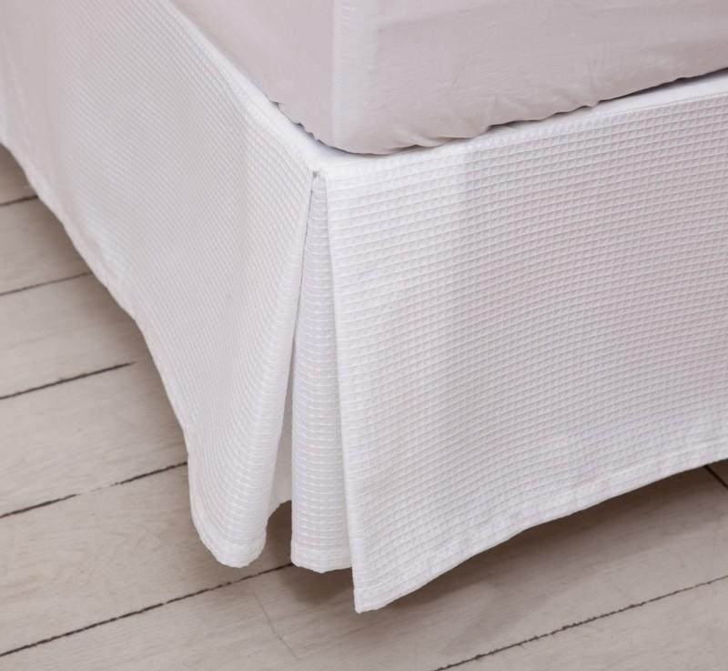 Faldones textura interiors guatemala - Colcha blanca ikea ...